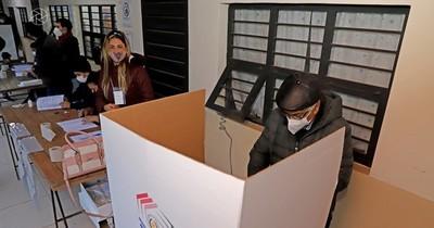 La Nación / Senado aprueba multa de G. 40 mil y sanciones para quienes no vayan a votar