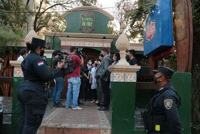 Ratas en Long Bar: municipios deben intervenir locales gastronómicos insalubres, aclara INAN