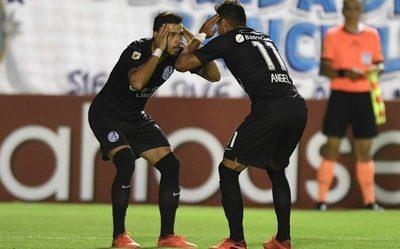 ¿Los Romero dejan San Lorenzo? Suenan fuerte en un gigante del continente