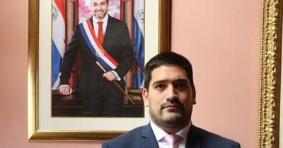 La Nación / Periodistas repudian pedido de censura del secretario privado de Abdo Benítez
