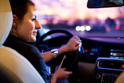 Director de la Caminera asegura que las mujeres manejan mejor y que son más prudentes