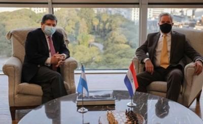 Paraguay solicitó apertura gradual de fronteras con Argentina