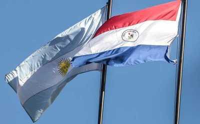 Paraguay pidió apertura gradual de fronteras con Argentina y aumento de vuelos