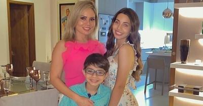 Dahiana Bresanovich celebra la mayoría de edad de su hija