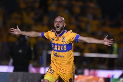 México: Charly González se reencuentra con el gol