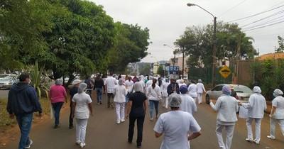 La Nación / Gremio de enfermeras se movilizará contra la precarización desde este miércoles