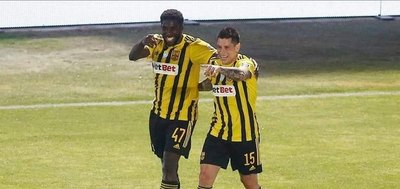 Juan Manuel Iturbe, ovación y gol en el Aris Thessaloniki