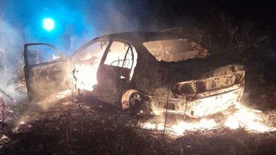 Incineran vehículo en baldío de Presidente Franco