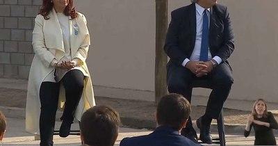 La Nación / Argentina electoral. Faltan 20 días para las PASO. Cristina destrata a Alberto públicamente