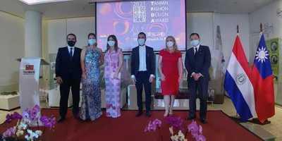 Presentación del finalista paraguayo del Premio de «Diseño de Moda de Taiwán»