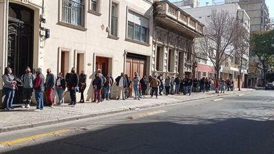 Rosario: Renuevan la  cédula  a paraguayos