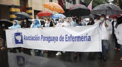 Enfermeros de todo el país se manifestarán mañana para exigir reglamentación de la ley