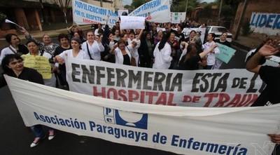Enfermeros se movilizarán por ley de carrera profesional