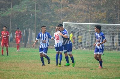 Sub 15: Libertad y Olimpia arrancan con goleada