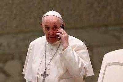 El papa Francisco aceptó la renuncia de un obispo cuestionado por sus dichos sobre la homosexualidad