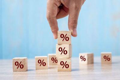 Suba de tasa del BCP: Descartan efecto inmediato en costo del crédito, pero con impulso a inversiones en guaraníes