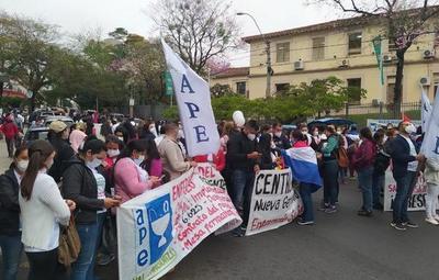 Enfermeros de todo el país se manifiestan en favor de sus derechos laborales