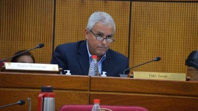 Senadores buscan que invasiones se conviertan en crimen