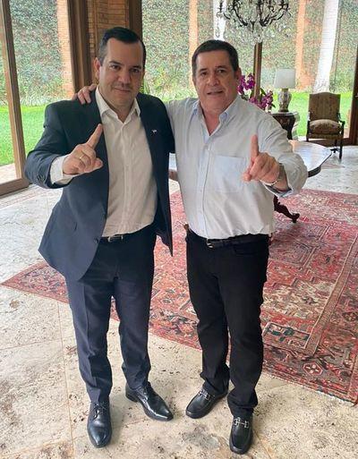 """Hugo Velázquez justifica """"unidad"""" por conveniencia entre Cartes y Friedmann"""