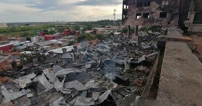 La Nación / Incendio en El Cabildo: más de G. 20 mil millones costará la restauración