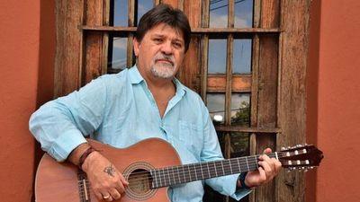 Ricardo Flecha lleva la Guarania que florece a ciudades del país
