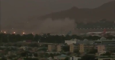 La Nación / Afganistán: reportan explosiones cerca del aeropuerto de Kabul