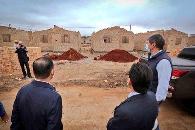 Entidades firman convenio para construir la primera vivienda a más de 500 familias