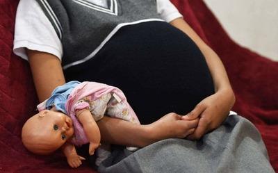 Investigan caso de menor que habría sido obligada a prostituirse y presuntamente sufrió un aborto