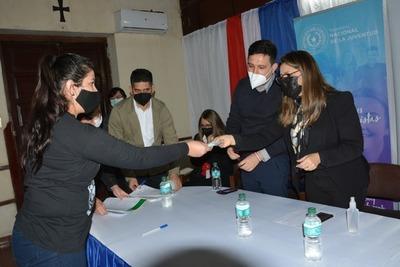 Las carteras de Justicia y Juventud entregaron becas a mujeres recluidas en el Buen Pastor