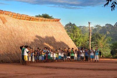 """Diez niñas nativas violadas por """"pastores"""" evangélicos, denuncia Indi ante fiscalía"""