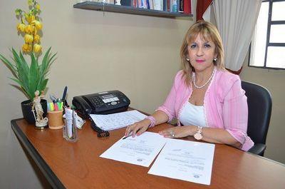 Mujer sindicada como proxeneta de menores se presentó en la fiscalía