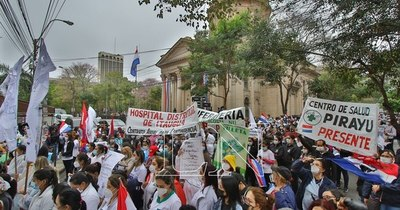 La Nación / Gobierno recategorizará salarios de enfermeros