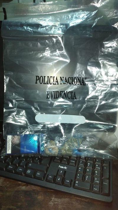 Caen con droga dos hombres sindicados como responsables del robo de una motocicleta
