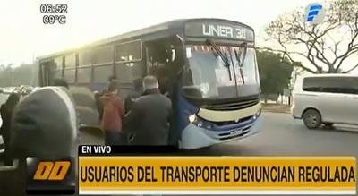 Usuarios denuncian regulada del transporte público