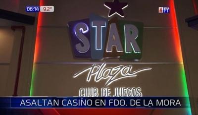 Asaltan casino y se llevan pertenencias de clientes
