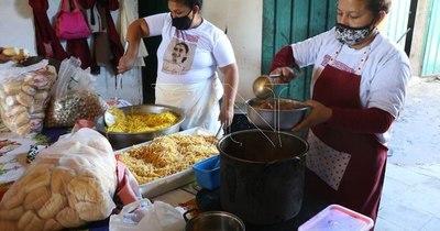 La Nación / Reclaman recursos para ollas populares en barrios carenciados de Asunción