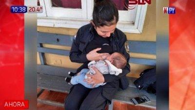 Solidaridad materna: Policía amamanta a bebé de detenida en San Lorenzo