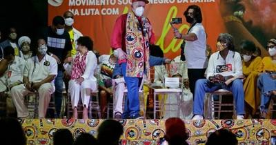 La Nación / Lula cierra gira por el nordeste de Brasil con tono electoral