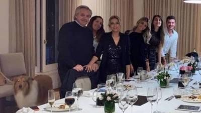El presidente de Argentina se enfrenta a la justicia por festejo durante confinamiento