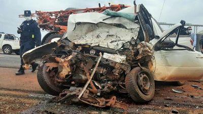 Choque entre camionetas deja dos fallecidos en Puente Kyjhá