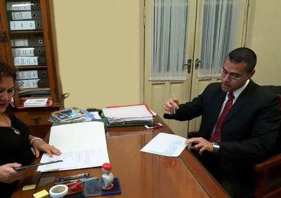 Fiscal denunciado por enriquecimiento ilícito lidera reunión con miembros de Gafilat