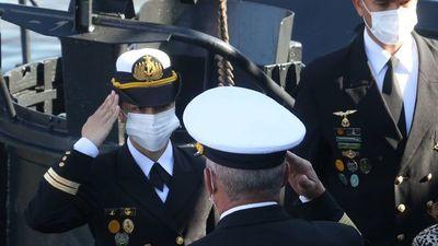 Una mujer es comandante de buque de la Armada
