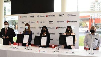 Toyotoshi SA firma convenio para capacitar a sus colaboradores