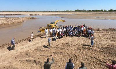 Celebran en el Chaco 2 años de entrada ininterrumpida de aguas en el Pilcomayo