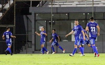 Crónica / ¡Sin fútbol y sin amor propio! Olimpia es la burla del Clausura