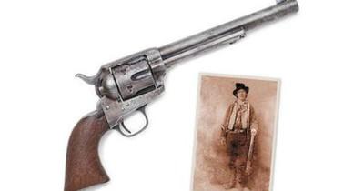 La Nación / Vendida en US$ 6 millones el arma que mató a Billy the Kid