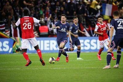 Lionel Messi debutó en el triunfo del PSG