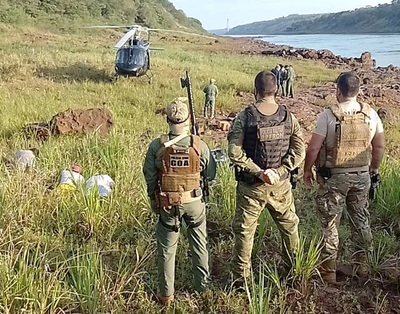 En recio tiroteo, la Policía Federal atrapa a traficantes paraguayos con 42 kilos de droga