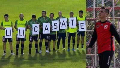"""Propuesta de matrimonio en previa de partido """"no da"""", dice Zeballos"""