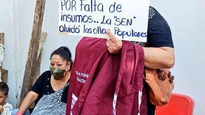 Pobladores se manifiestan por recortes a ollas populares y piden veto parcial de ley